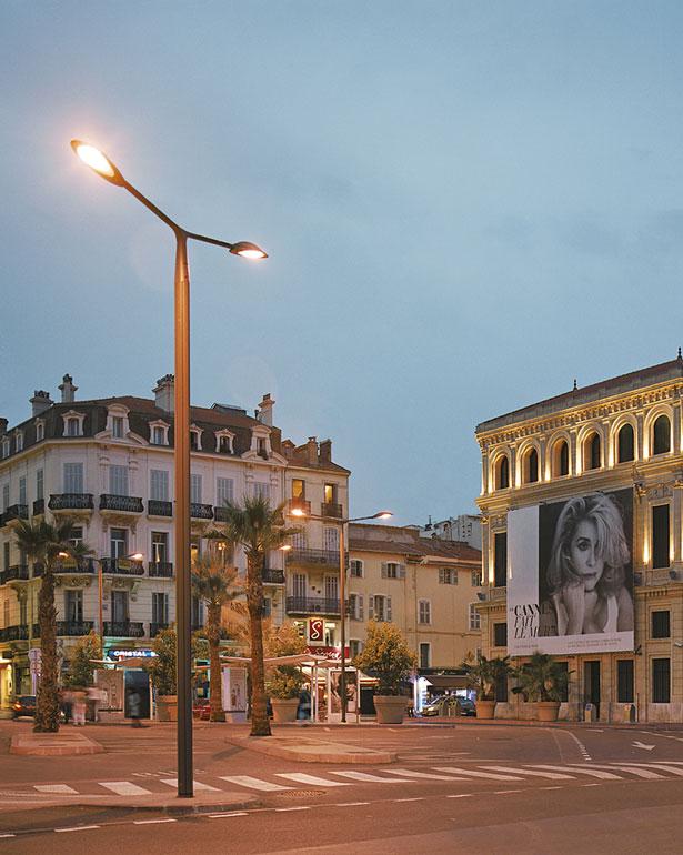 Place Cornut Gentille